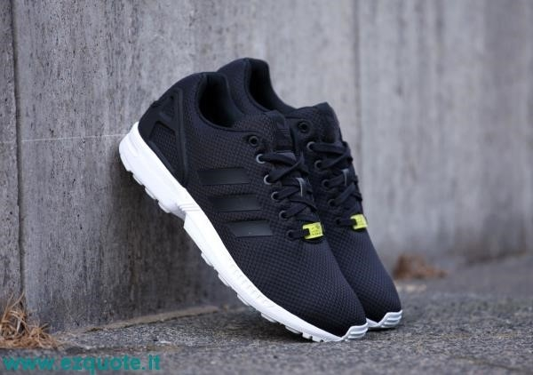 zx flux uomo adidas nere