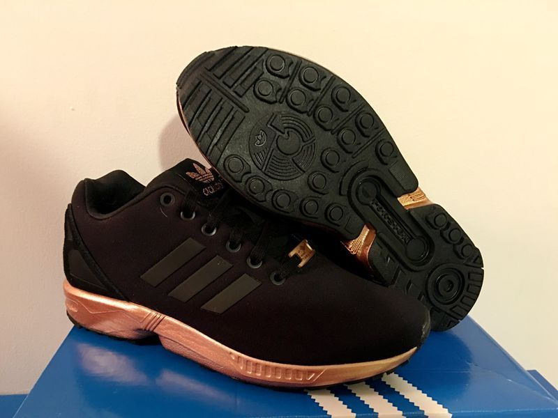 7c7bf5defb0 adidas flux gold Acquista adidas zx flux gold and black prezzo