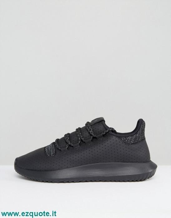 adidas tubular nere